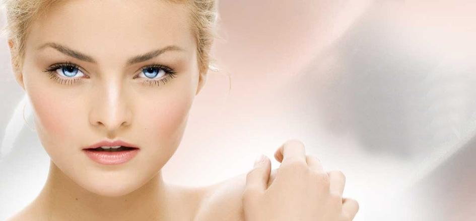 Carefull Colours, mit Sitz in Fuhrberg bei Hannover, ist ein führender Spezialist in der Entwicklung und Herstellung von dekorativer Kosmetik, wie Lippenstifte, Nagellack oder Puder für Private-Label-Kunden.